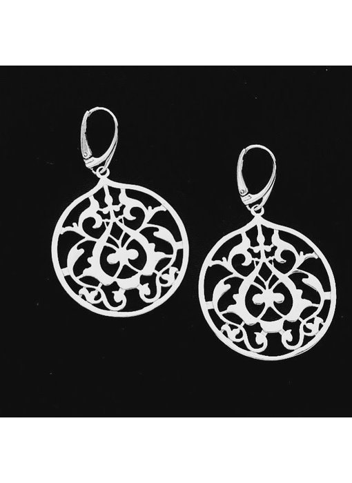ROUND FLORAL EARRINGS WITH FRENCH HOOK