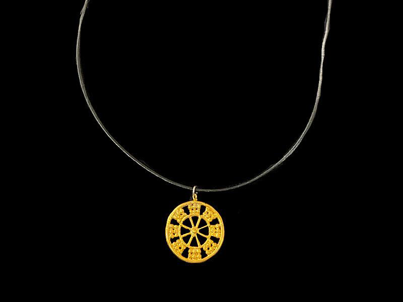 LEATHER NECKLACE WITH WHEEL OF FORTUNE