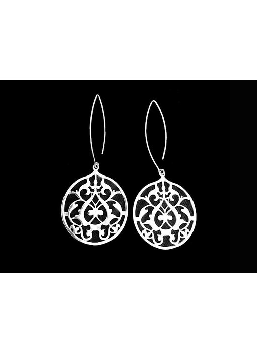 ROUND FLORAL EARRINGS WITH OVAL HOOK