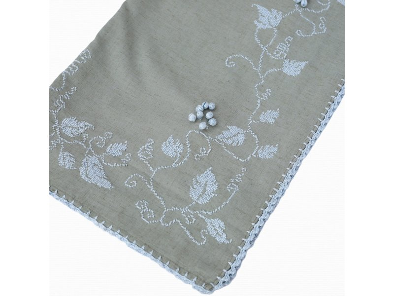 VINES AND GRAPES COTTON SCARF