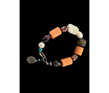 LARGE STONE BRACELET WITH CORALS