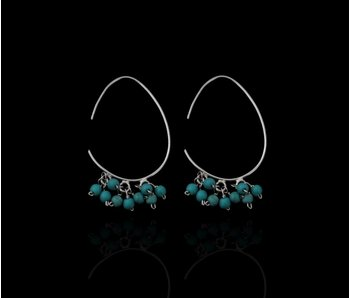 OVAL HOOP EARRINGS WITH MULTIPLE TURQUOISE GEMSTONES