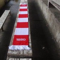 """Antwerp Official Sjaal - """"1880"""" - Rood/Wit Gestreept"""