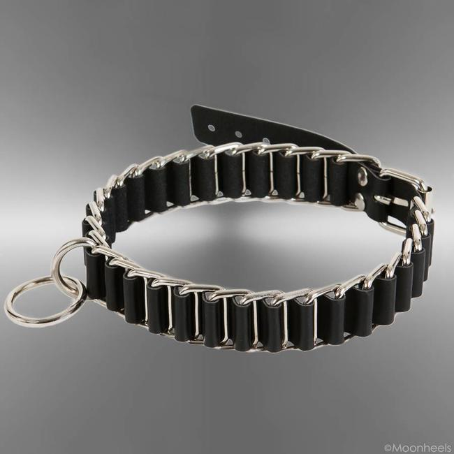 "Exclusive and heavy collar / collar ""Submissive"" black"