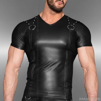 Leather shirt with cool rings and short sleeves