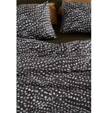 At Home by BeddingHouse Birds of a Feather Dekbedovertrek - Zwart Wit