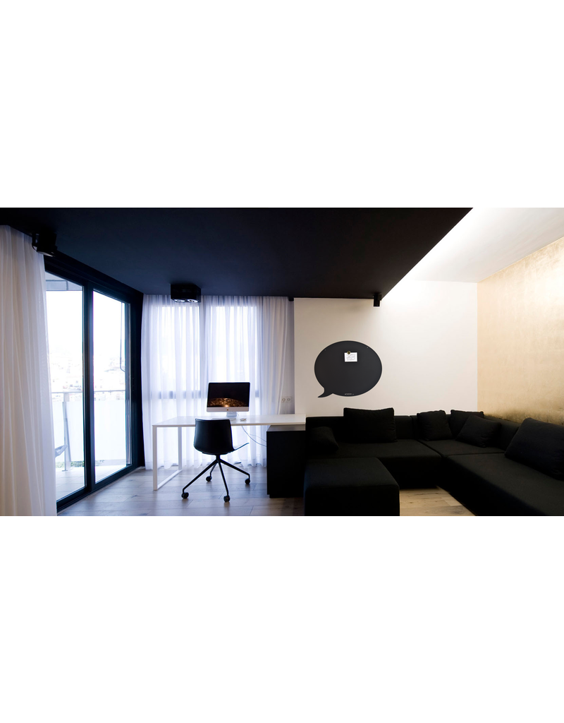 FAB5 Wonderwall    Magneetbord tekstballon zwart 50 x 60 cm