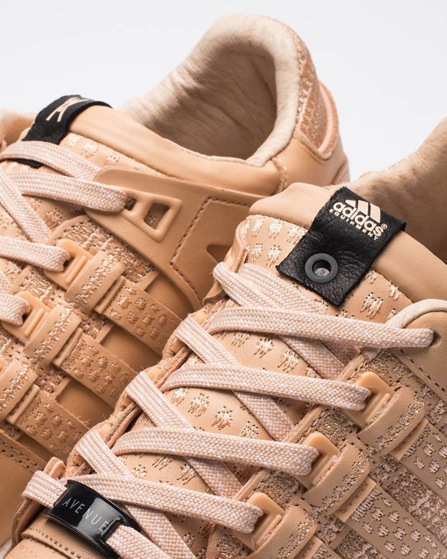 Adidas consortium x Avenue eqt support 93/16  tan/white