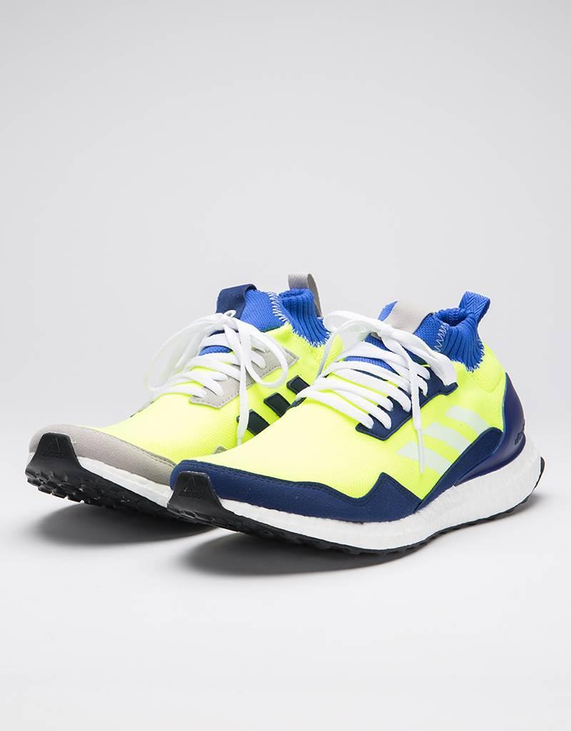 89bd266812227 Adidas Ultraboost Mid Syello Ntnavy Hirblu - Avenue Store