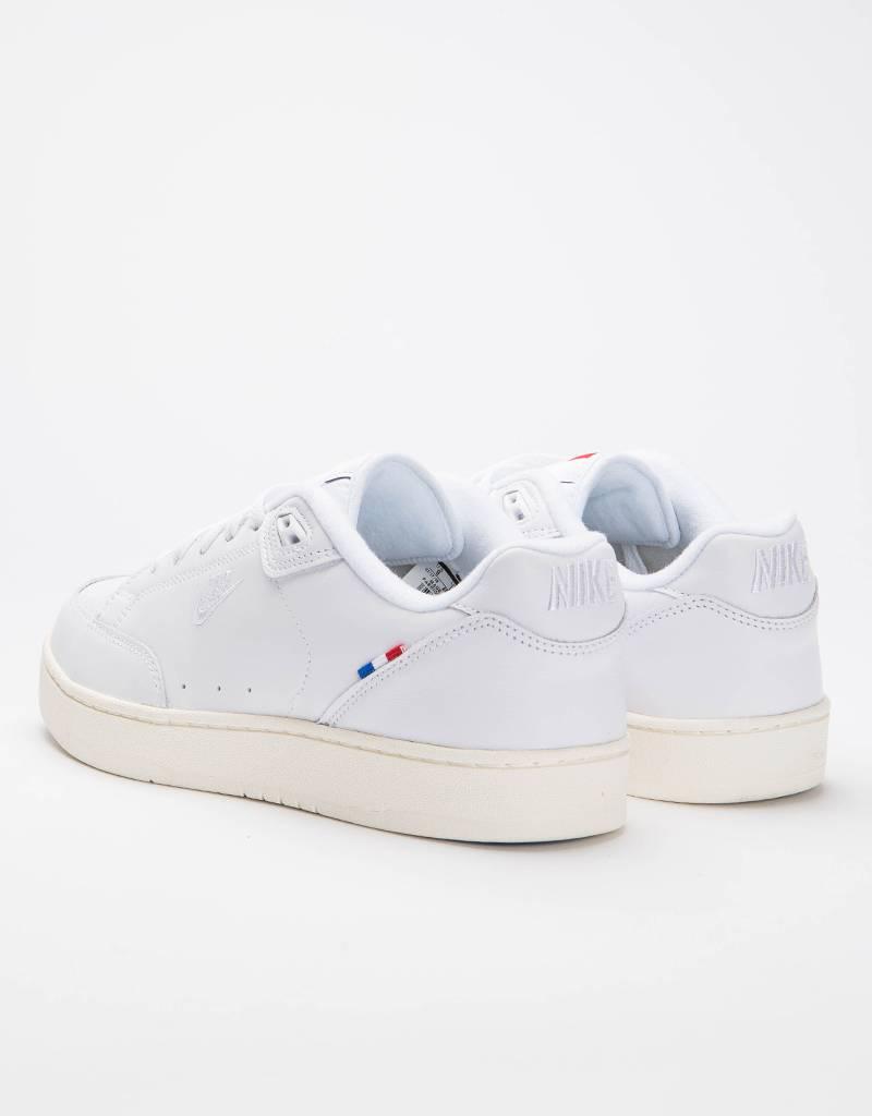 Nike Grandstand II Pinnacle white/white-sail-hyper cobalt