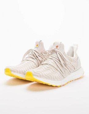 Adidas adidas Consortium x AKOG Ultra Boost White