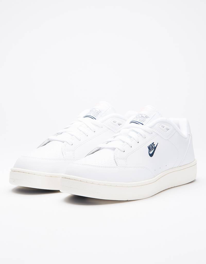 Nike Grandstand II White/Navy-Sail-Artic Punch