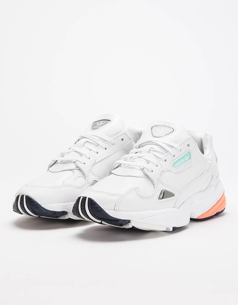 489a5303dbb adidas Originals W Falcon Crywht Crywht Easora - Avenue Store