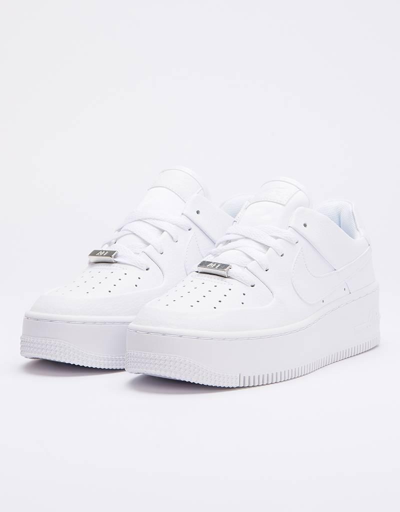 cheap for discount ff76e 01d25 Nike Air Force 1 Sage Low white white-white ...