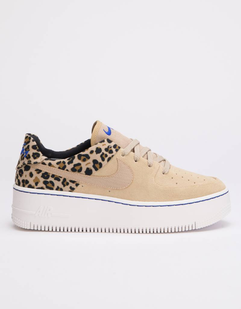 brand new 2ccaa 10254 ... Nike Womens Air Force 1 Sage Low Premium Desert Ore Racer Blue-Black-  ...