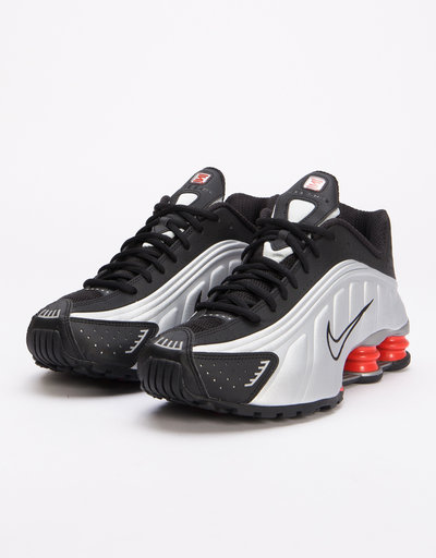 Nike Shox r4 Black/metallic silver-max orange