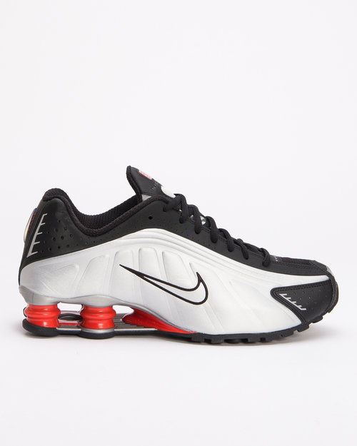 Nike Nike Shox r4 Black/metallic silver-max orange