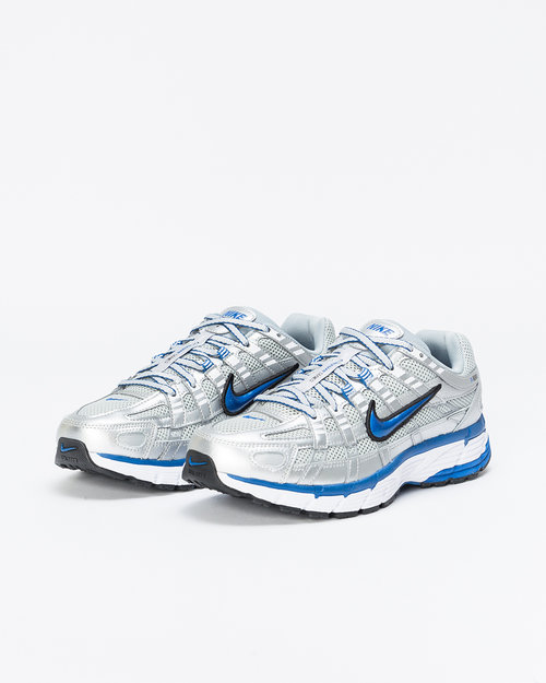 Nike Nike P-6000 metallic silver/team royal-white-black