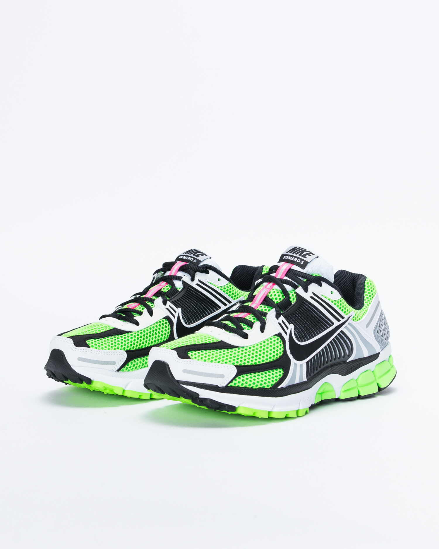 e41736bc3865 Nike Nike Zoom Vomero 5 Se SP electric green black-white-sail ...