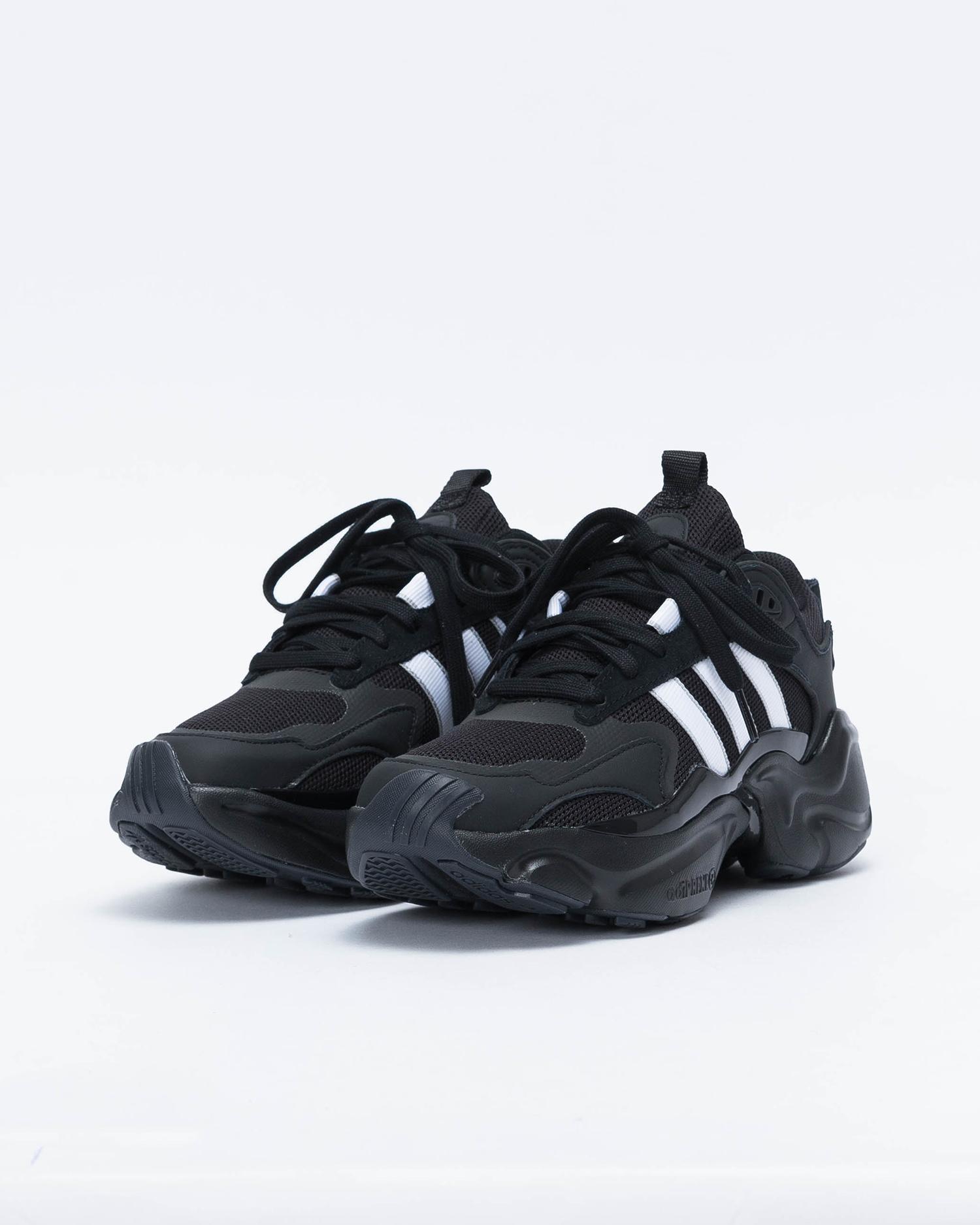 Adidas Magmur Runner W Cblack/Ftwwht/Gretwo