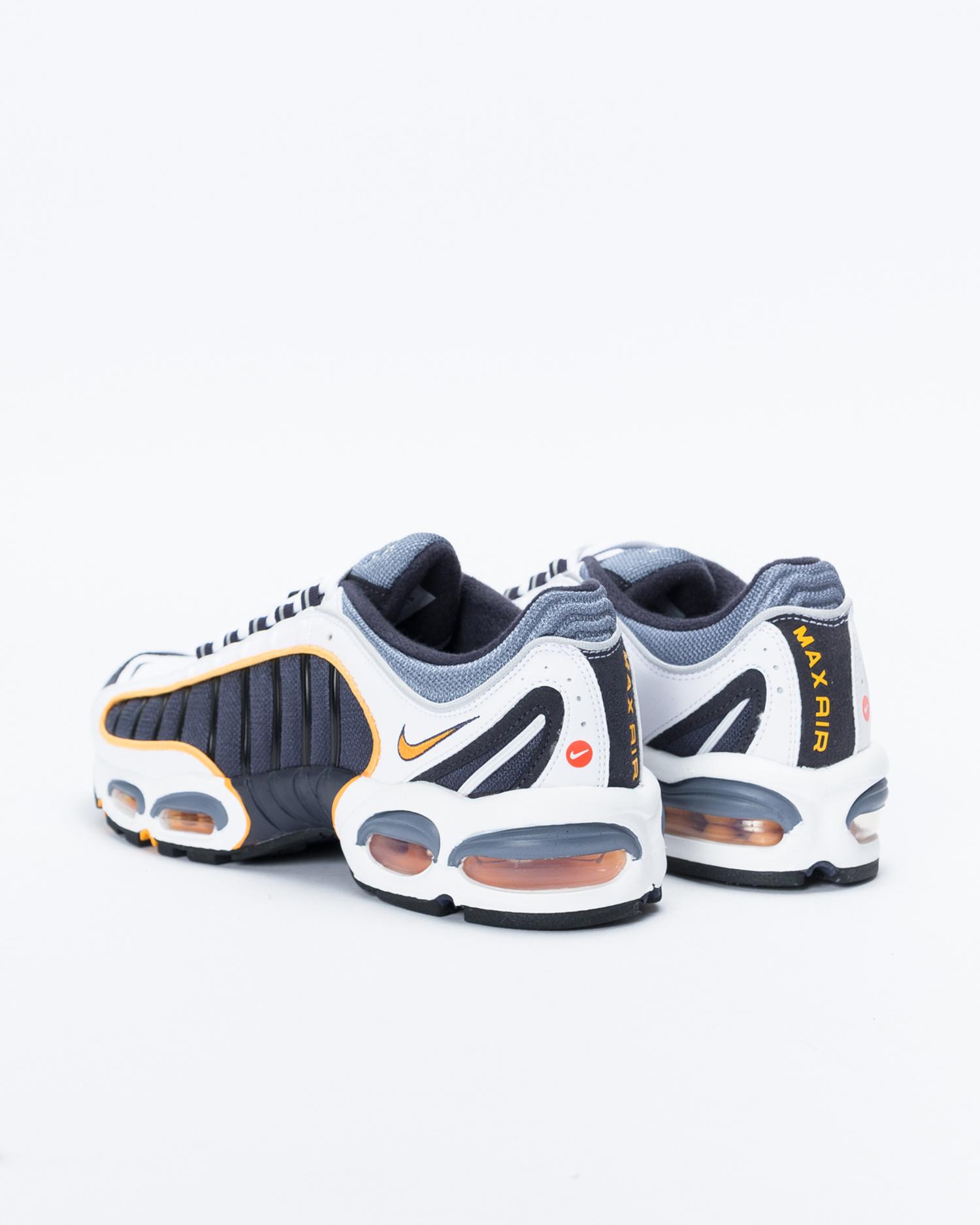Nike Air Max Tailwind IV  metro grey/white-resin-white