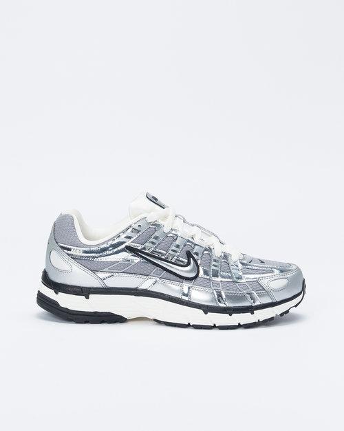 Nike Nike P-6000 Metallic Silver/Metallic Silver/Sail