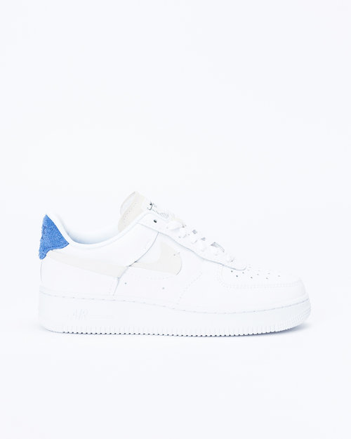 Nike Nike wmns Air Force 1 '07 LX White/Platinum tint/Game royal