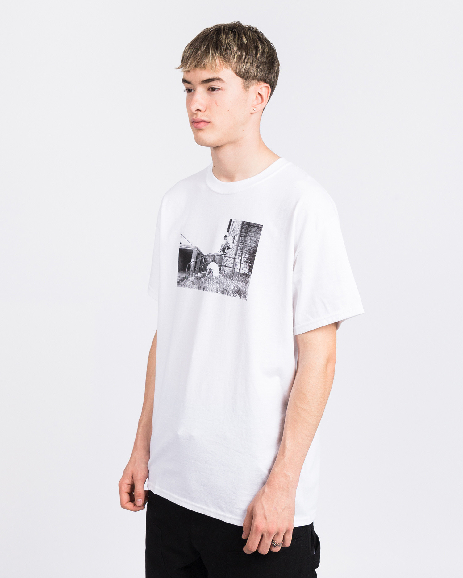 Dear Skating Ohio Dydrek Smoking Girl T-Shirt White