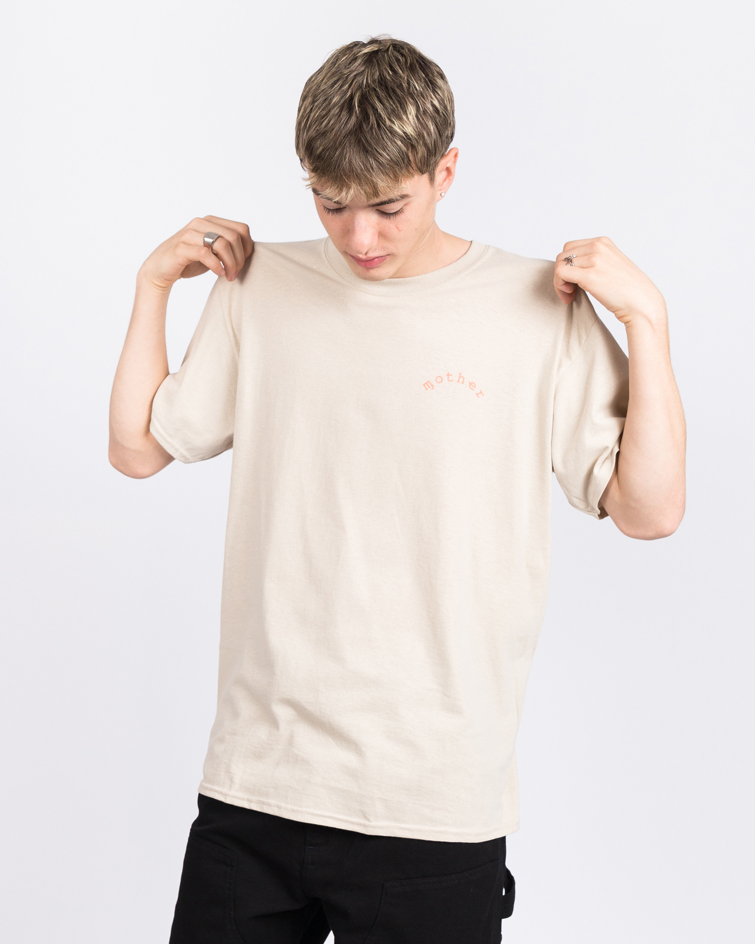 Dear Skating Ohio Mother T-Shirts Beige