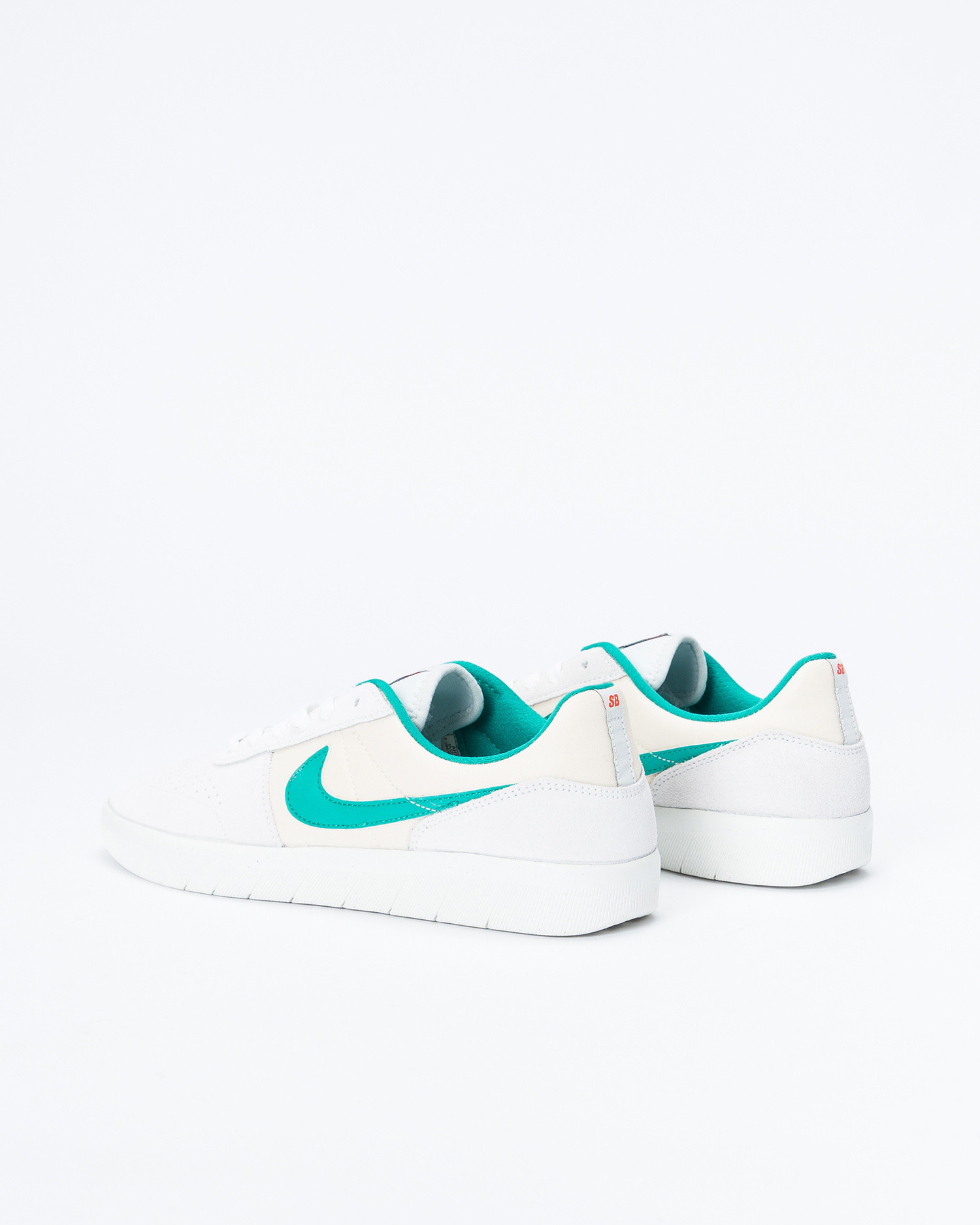 Nike SB team classic Photon dust/neptune green-light cream