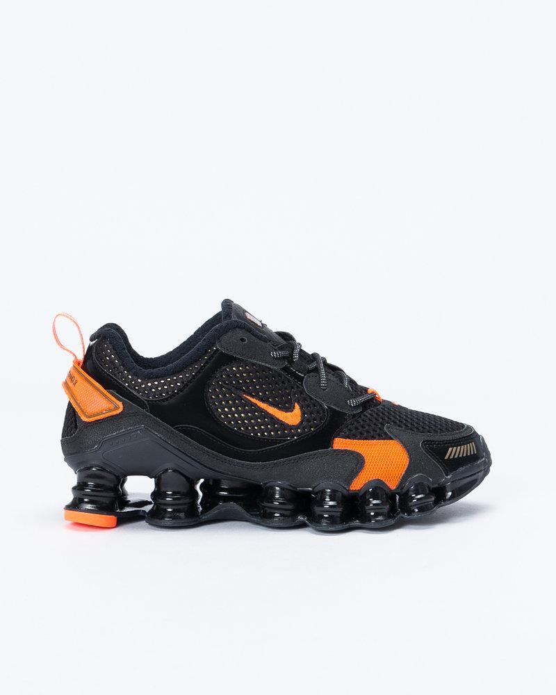 Nike Nike womens shox tl nova Black/mtlc field-hyper crimson