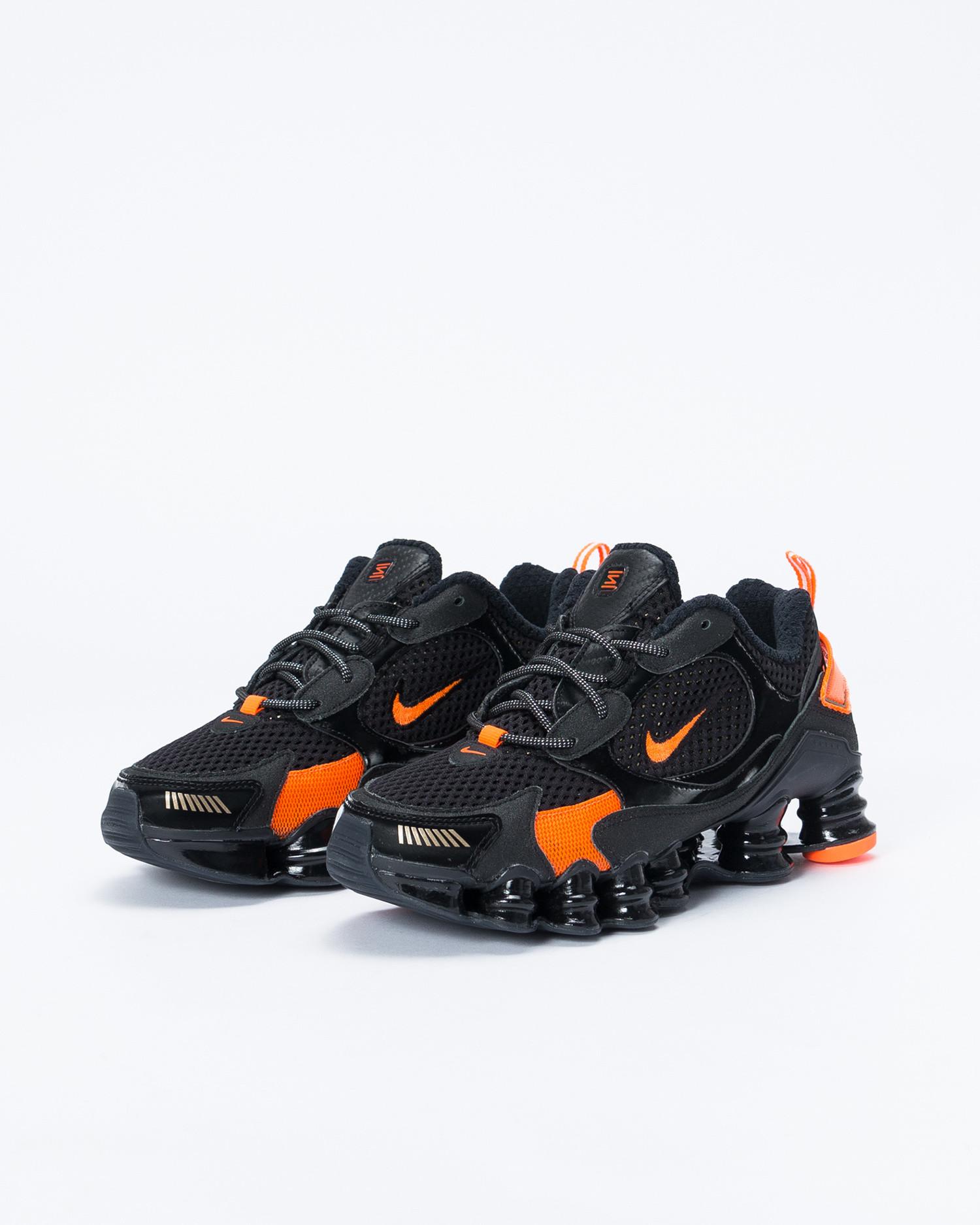Nike womens shox tl nova Black/mtlc field-hyper crimson
