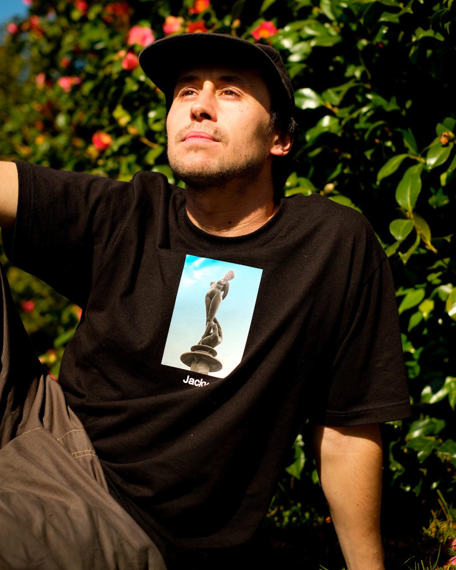 Jacky T-Shirt Statue Black