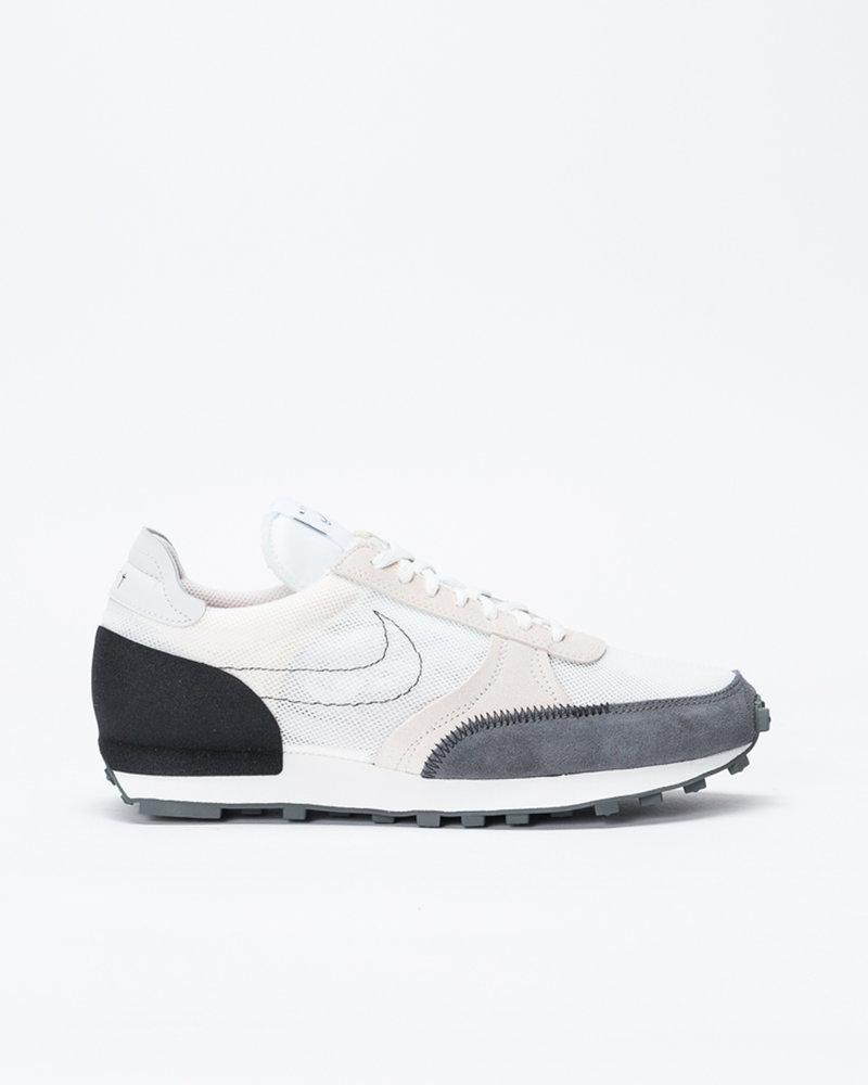 Nike Nike Daybreak Type summit white/black-lt orewood brn