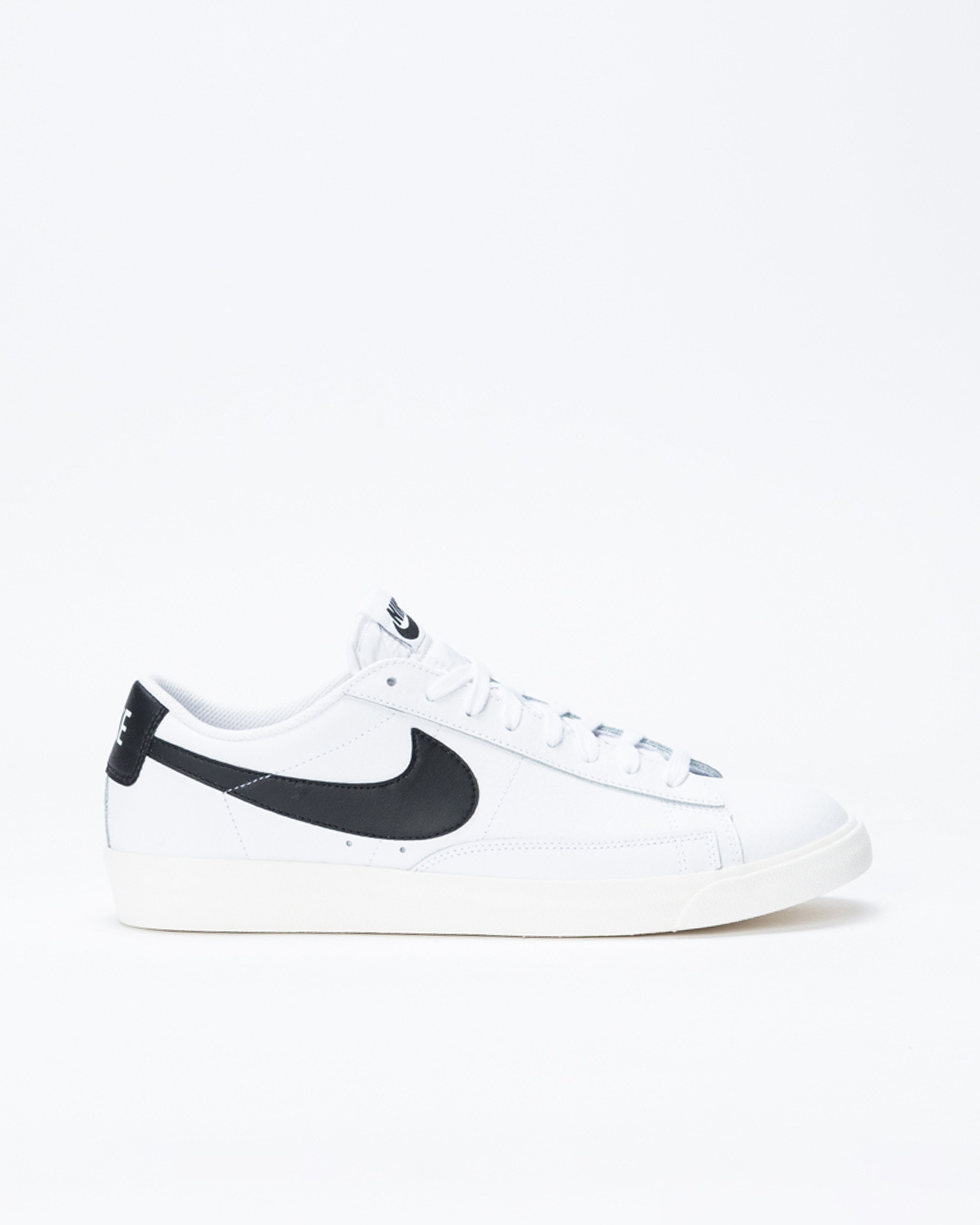 Nike Blazer Low Leather White/Black-Sail
