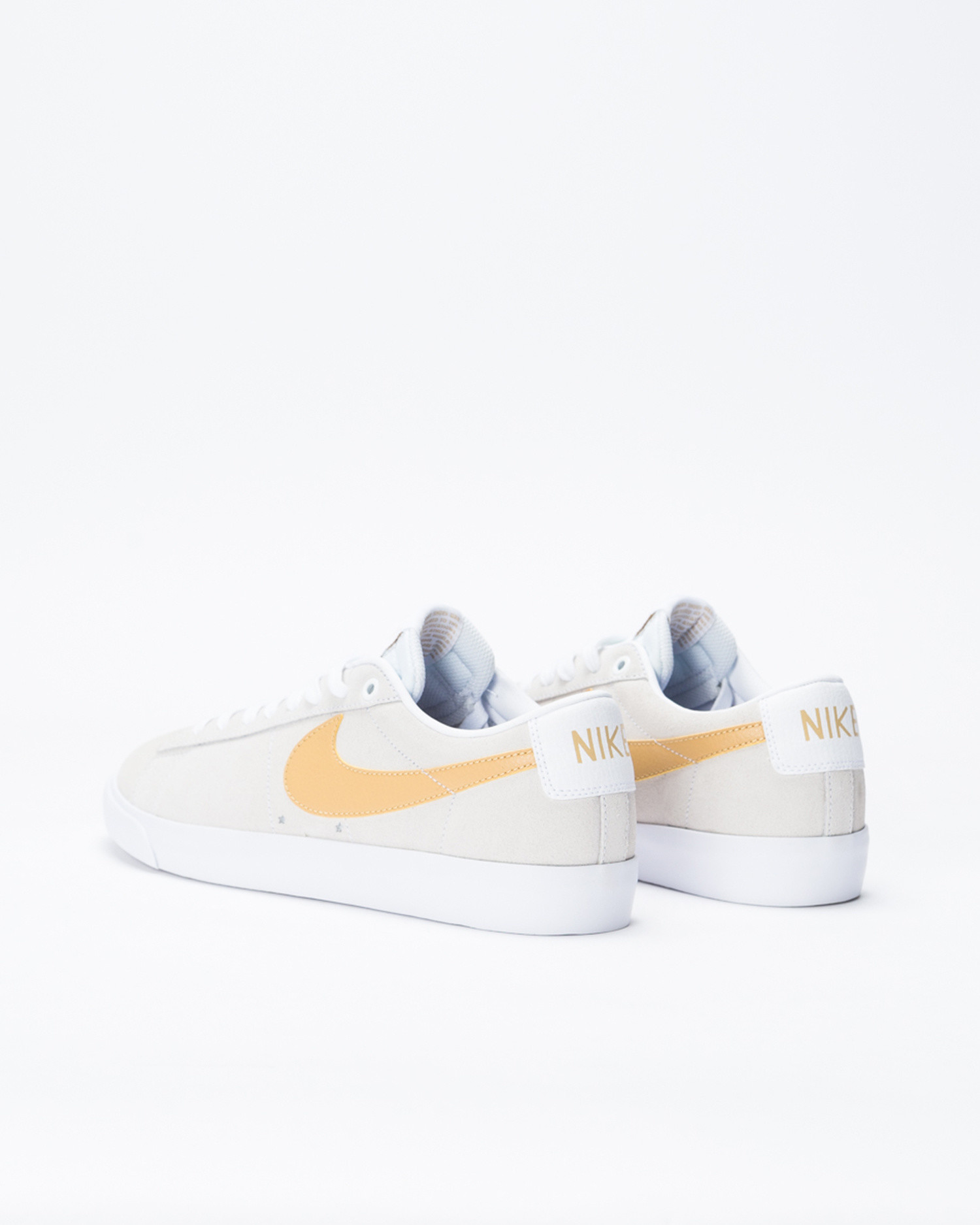 Nike SB Blazer Low GT White/Club Gold-White-Light-Thistle