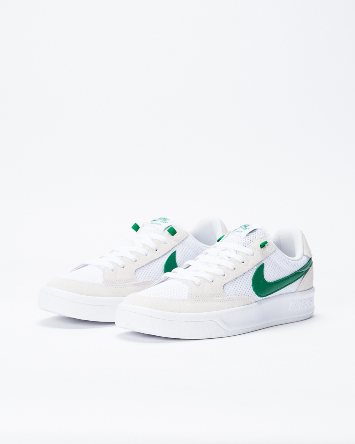Nike SB Adversary White/Pine Green-White-White