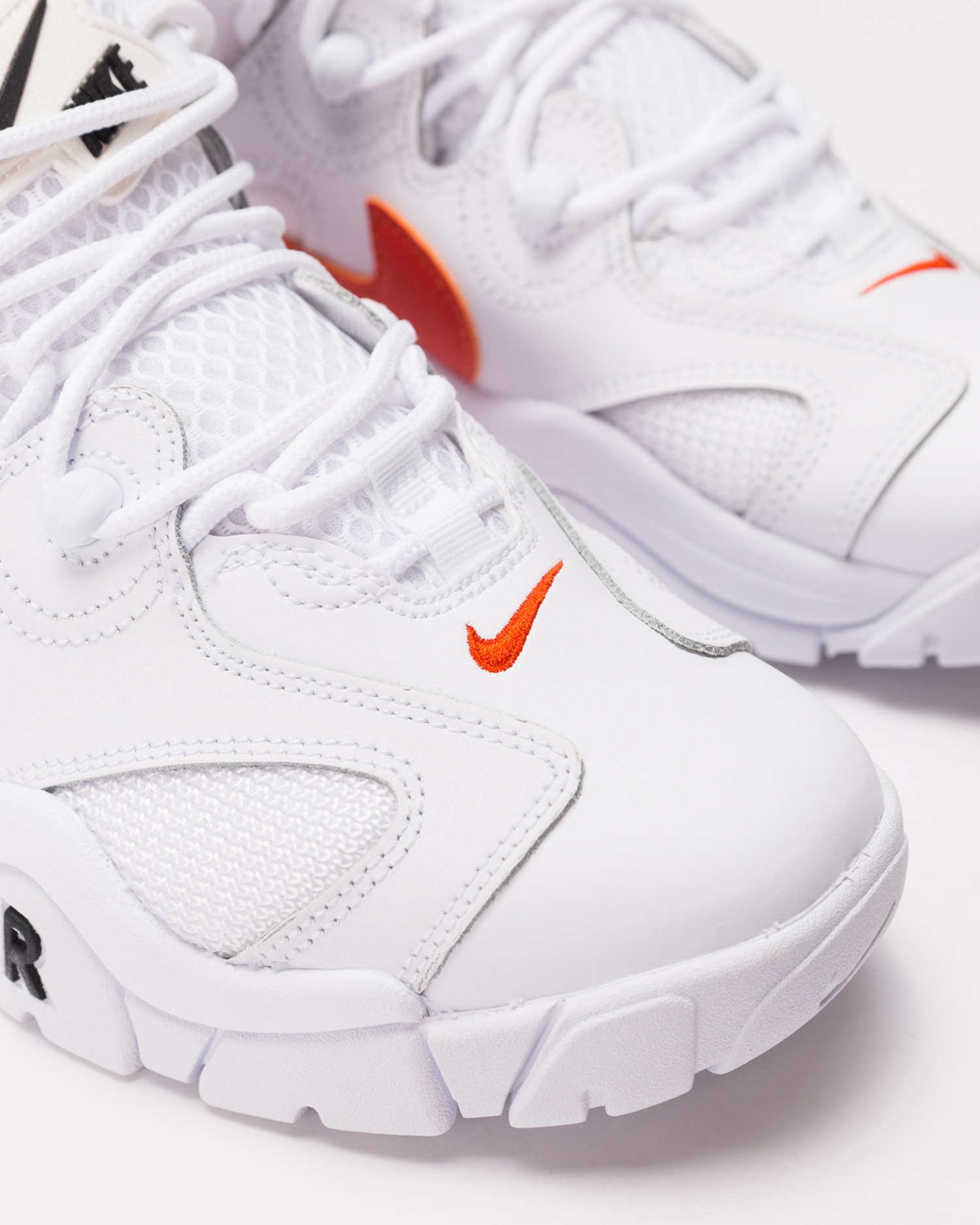 Nike Air Barrage Low White/Team Orange-Black-Black