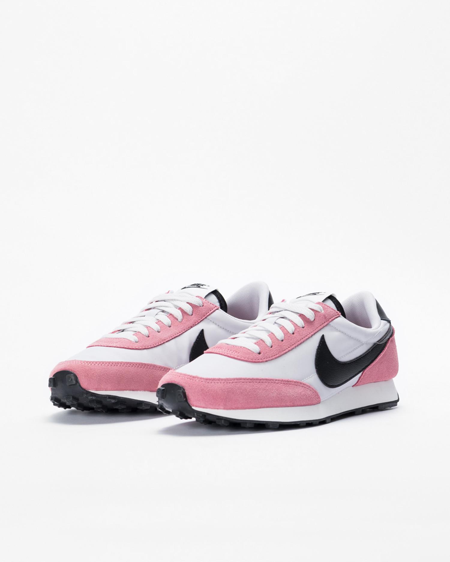 Nike Wmns Daybreak Desert Berry/Black-Vast Grey