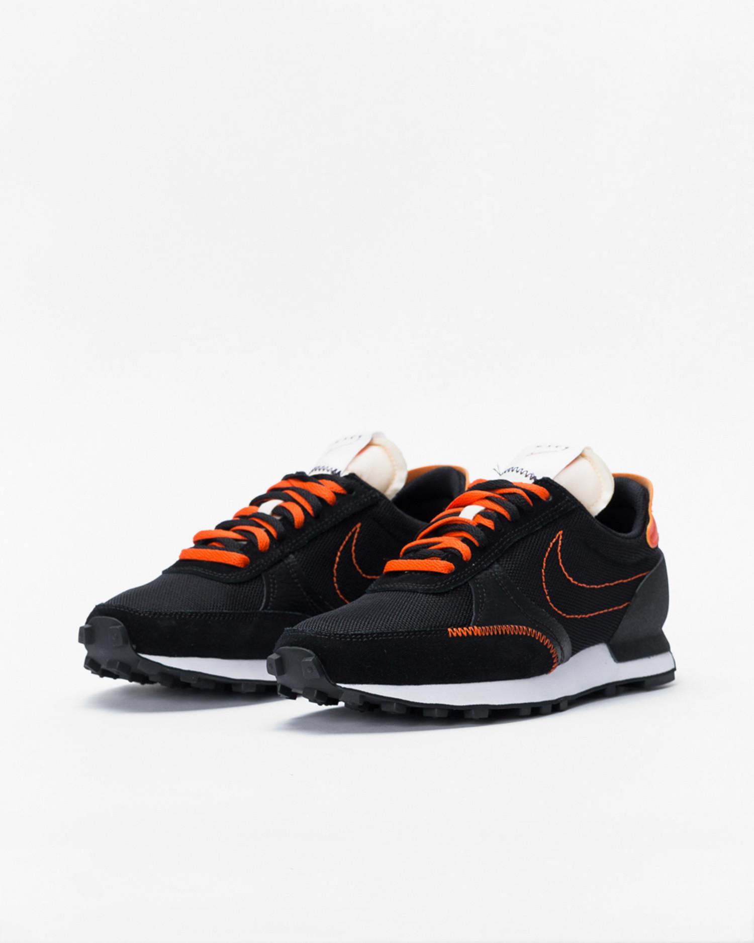 Nike dbreak-type  Black/team orange-sail-white
