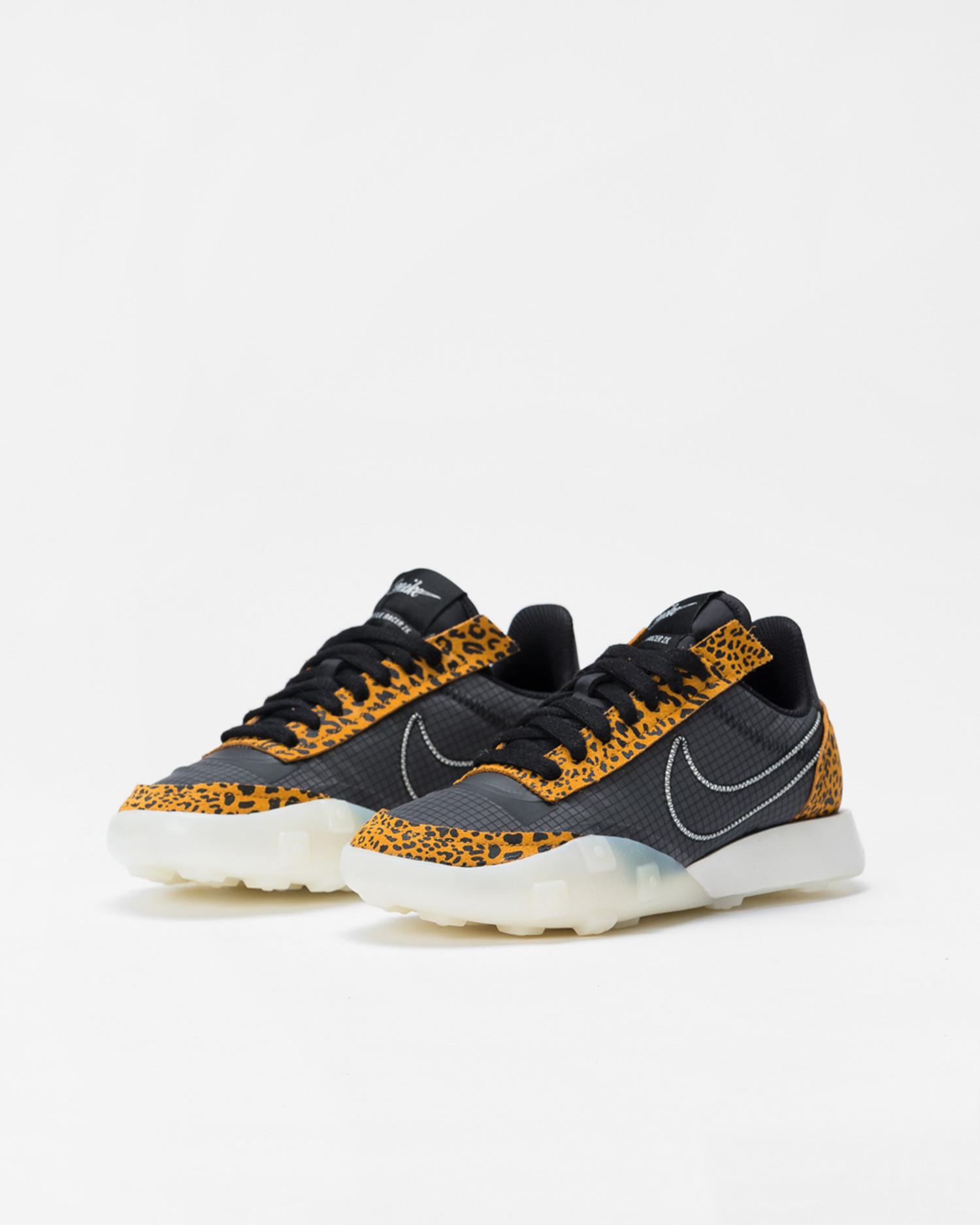 Nike Wmns waffle racer 2x Black/sail-chutney
