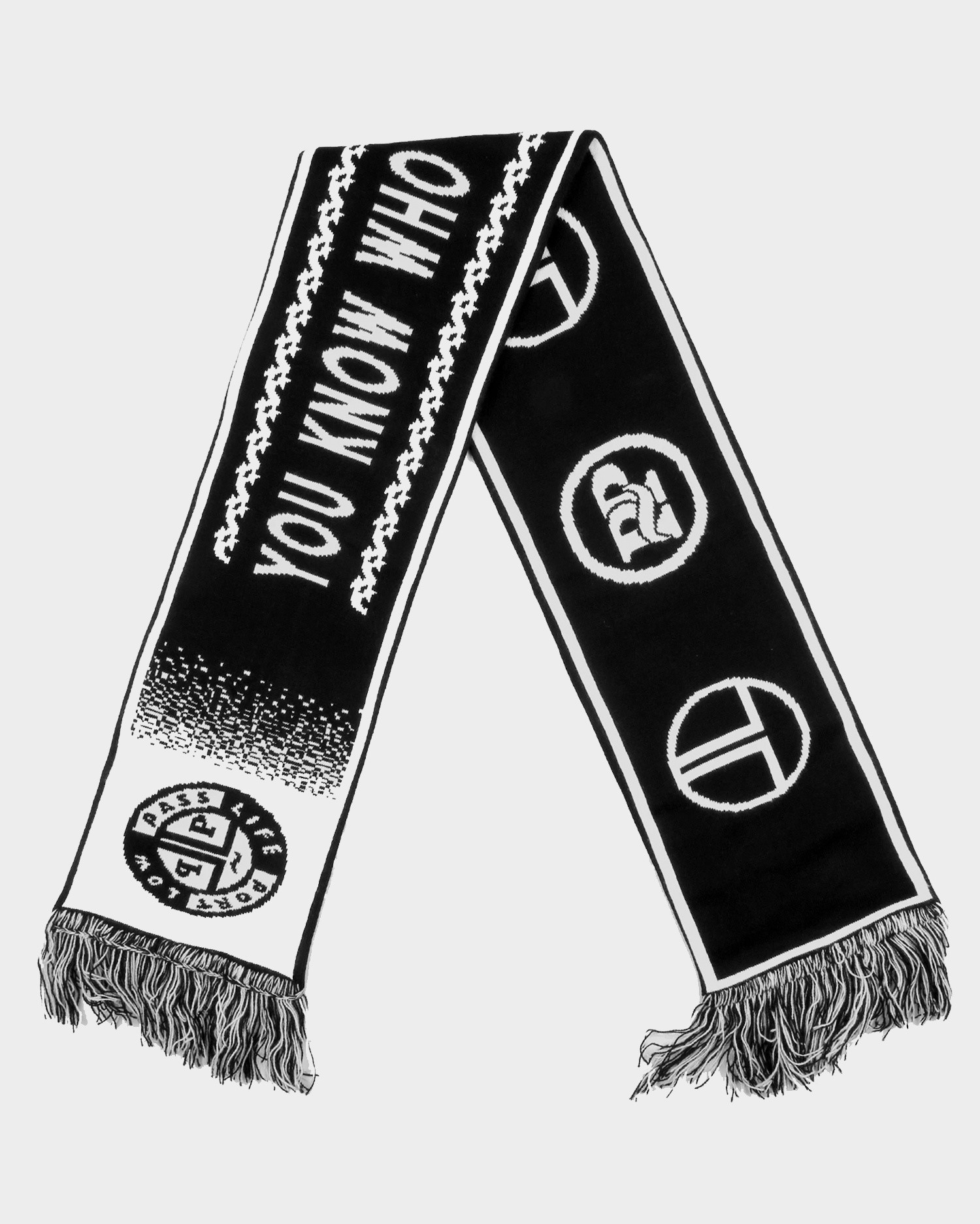Passport FC Scarf Black/White