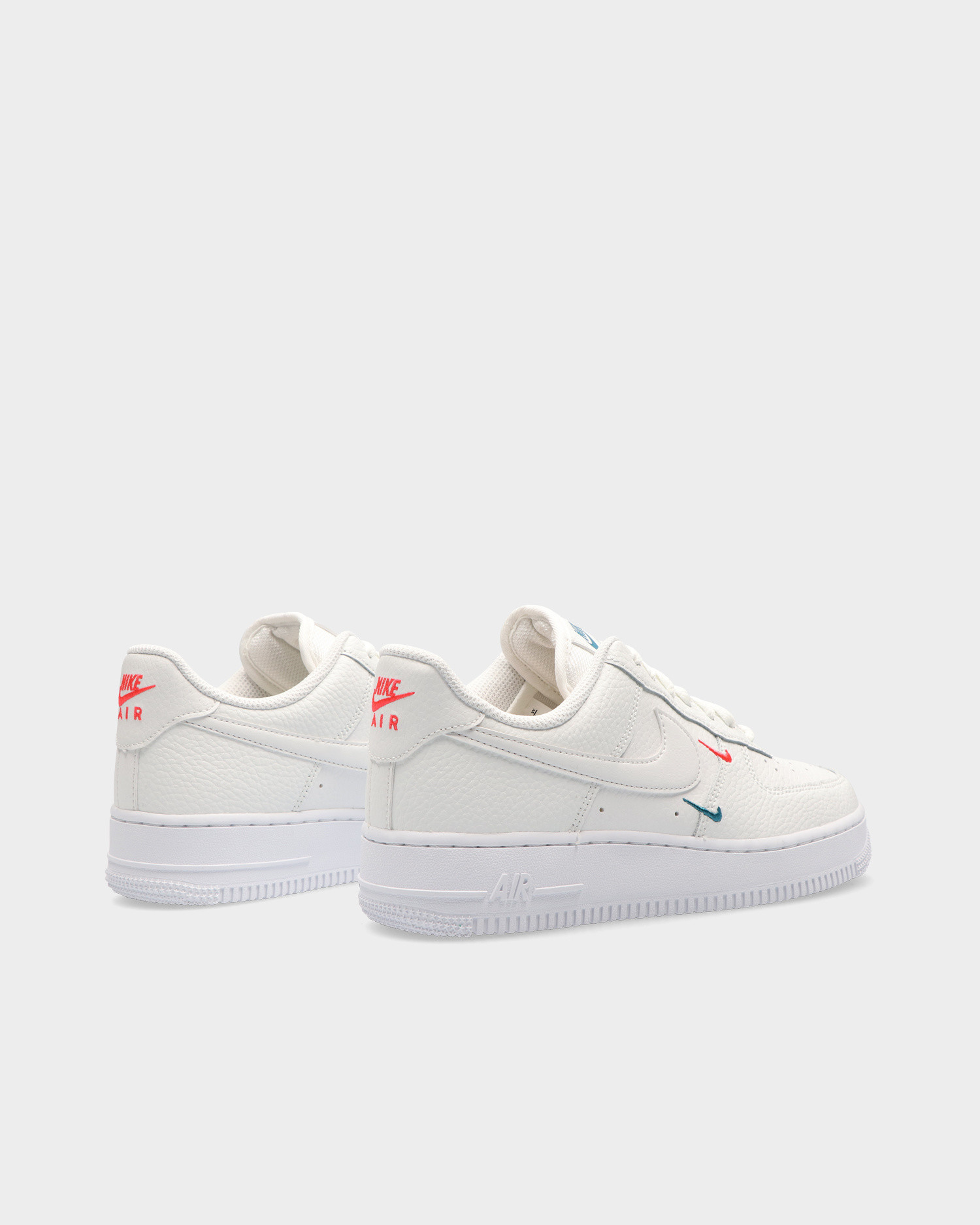 Nike Air Force 1 '07 Essential Summit White/Summit White-Solar Red
