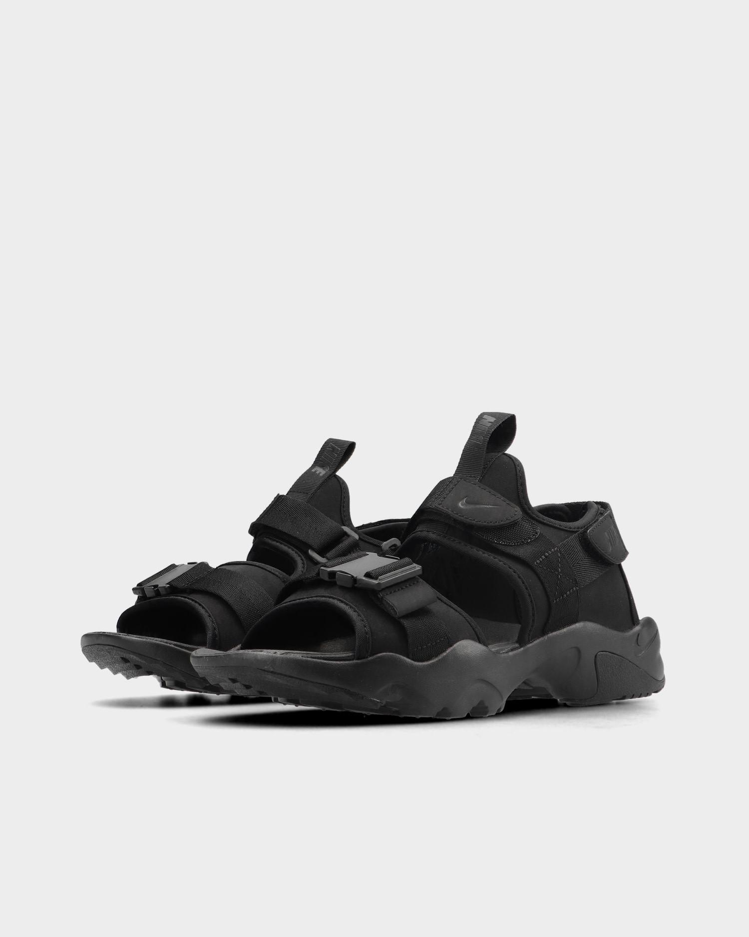 Nike Canyon Black/Black-Black