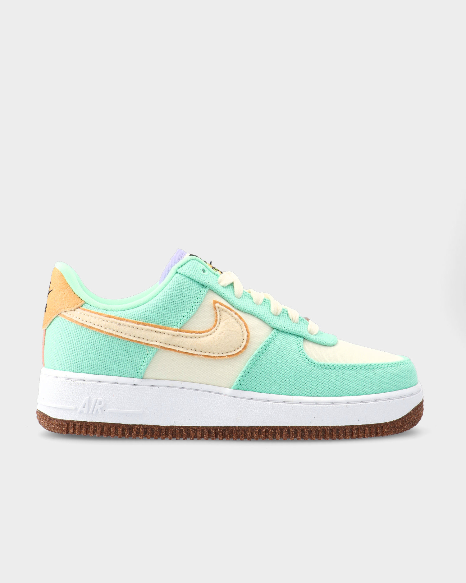 Nike Air Force 1 '07 LX W Green Glow/Coconut Milk-Metallic Gold-