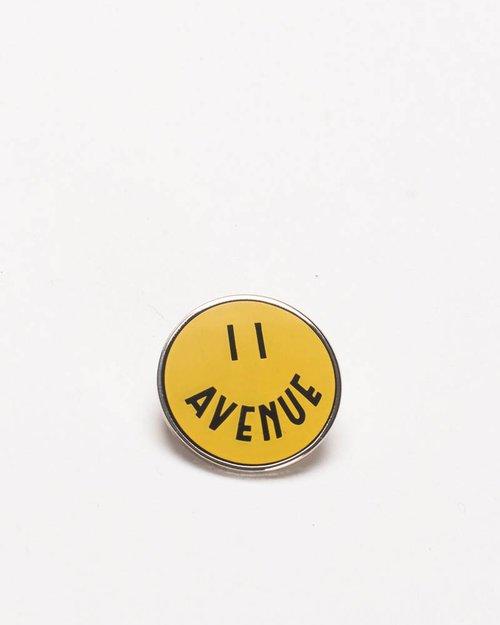 Avenue Smiley Pin Yellow/Black