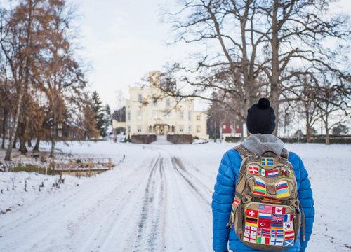 Hoe je de vlaggetjes op je backpack naait?