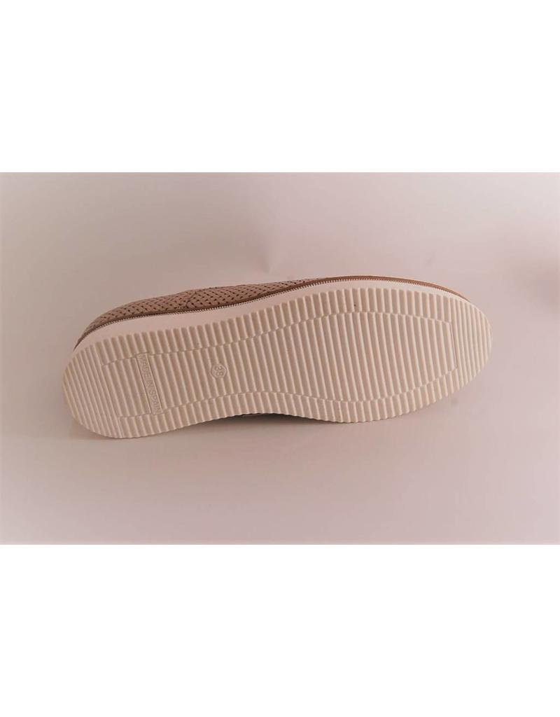 Alpe Punched Leather Shoe