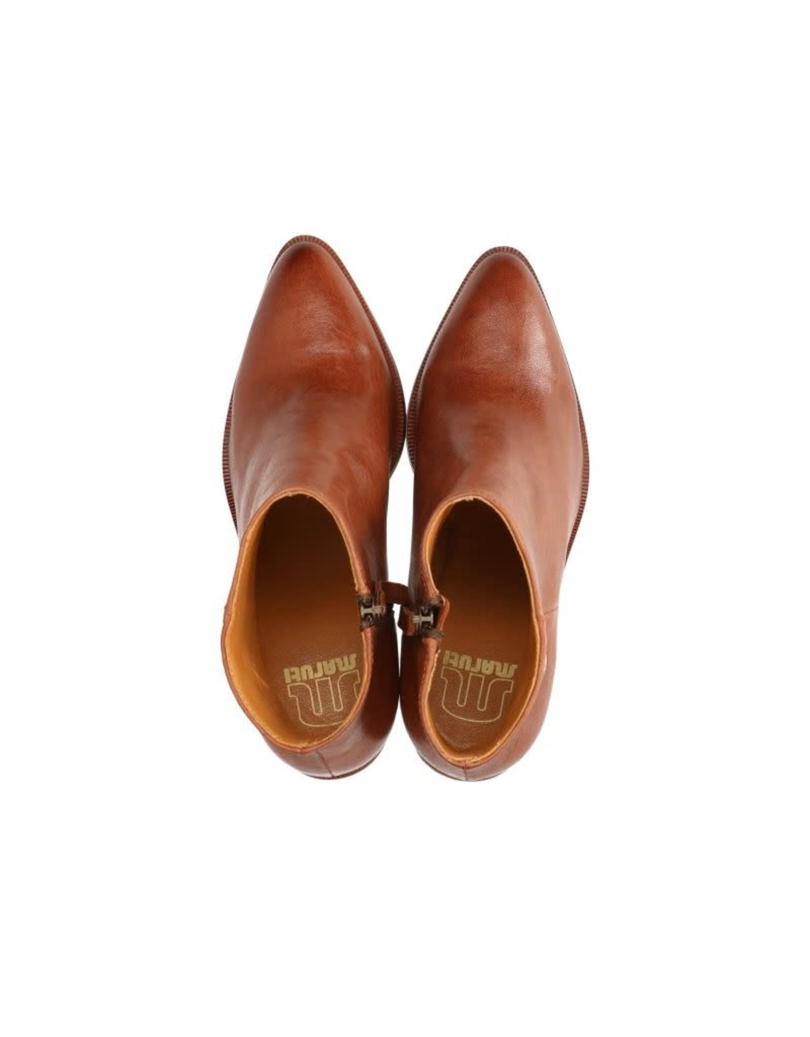 Maruti Roza Leather Boot