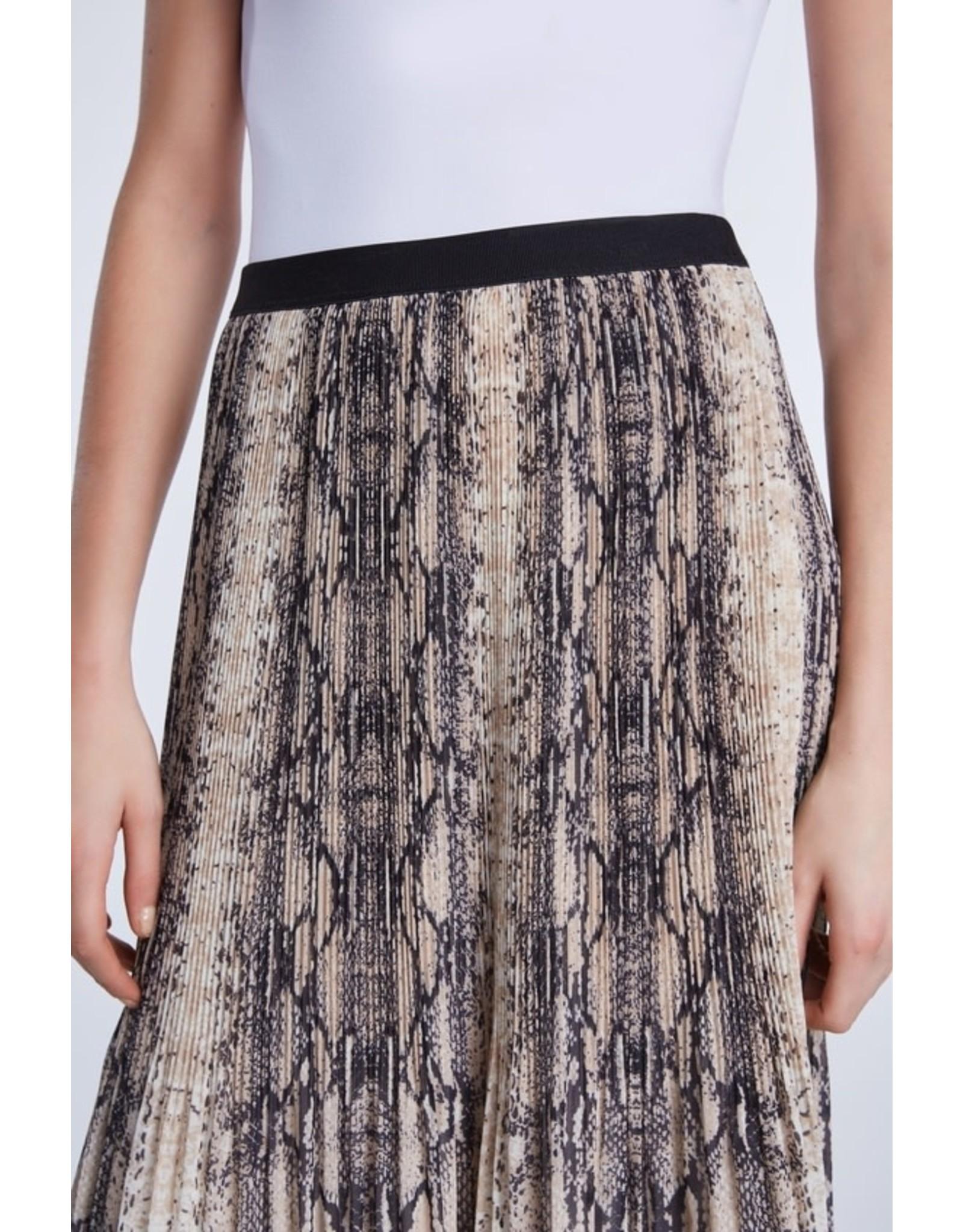 Set Pleated Snake Skirt